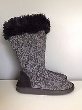 Muk Luks Black & Gray Winter Boots Slippers Womens Medium 7-8