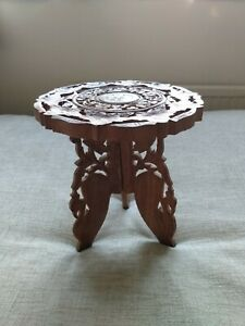 VINTAGE / ANTIQUE HANDCARVED INDIAN  small table WITH BOVINE INLAY detachable