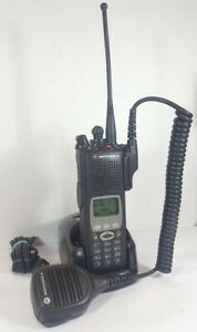 MOTOROLA XTS5000 700 800 MHz P25 Digital Police Fire EMS RADIO H18UCH9PW7AN XTS