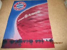"""FC Bayern München Original Winter-Strand Kuschel Decke 150x115 + """"Allianz Arena"""""""