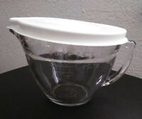 Pampered Chef Clear Glass 8 Cups 2 Qt. Measuring Cup Mixing / Batter Bowl w/Lid