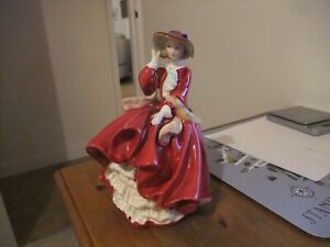 Beautiful Royal Doulton Figurine Top Of The Hill H N 1834