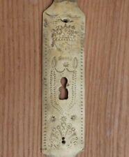 ancienne entrée de serrure bretonne normande en bronze