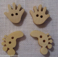 4 BOUTONS BOIS Pieds & Mains - couture/scrapbooking