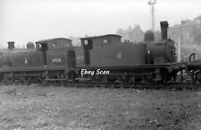 Railway Photograph LNER J69 0-6-0T Steam Locos № 68535 & N15 № 69136 - Dundee