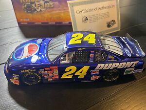Action Jeff Gordon #24 DuPont / Pepsi Color Chrome 2001 NASCAR DieCast 1:24