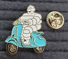 "SCOOTER /""LAMBRETTA OVAL LOGO/"" BLACK ENAMEL PIN BADGE"