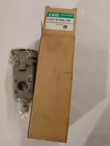 F4000-W-Bowl-FM1 Pneumatic Air Manual Drain Polycarbonate 5 Micron Filter CKD