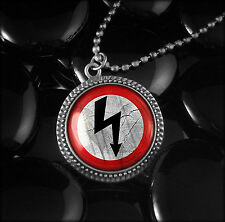 Marilyn Manson Shock Rock Arrow Antique Silver Glass Gothic Pendant Necklace