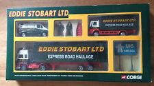 Eddie Stobart Corgi Set 91356 Volvo, Ford Cargo, tránsito, figuras, conos Nuevo En Caja