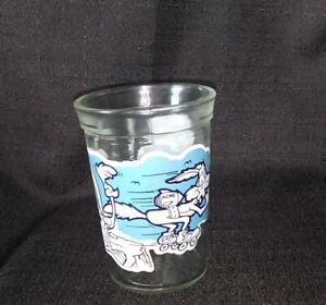 Welchs Looney Tunes Road Runner Wile E Coyote Collector Glass Series 8 Cup vtg