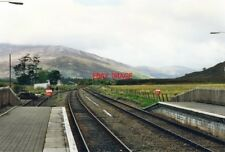 PHOTO  1995 STRATHCARRON RAILWAY STATION LOOKING TOWARDS INVERNESS