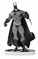 Batman Black & White Statue Simon Bisley 2nd Edition DC Collectibles