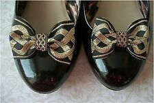 NEW PAIR BLACK METALLIC GOLD IRISH CELTIC KNOT JACQUARD RIBBON SHOE BOW CLIPS