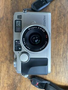 CONTAX G2 + Carl Zeiss Biogon 28mm f/2.8 T* Good Condition