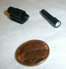Pisces Lucy-Lampe de poche avec support 1//6 Scale-Damtoys Action Figures