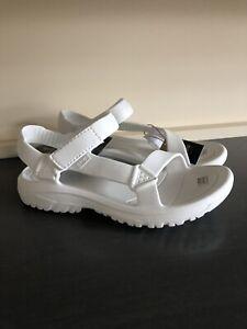 Teva Women's Hurricane Drift sandals In White. size UK 6. Brand New In packaging