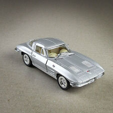 1963 Chevrolet Corvette Stingray Model Car 1:36 Scale Die-Cast Chevy Silver