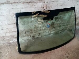 2006 - 2011 Dodge Caliber Windscreen Glass
