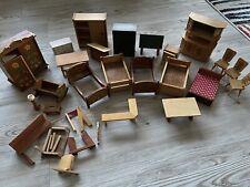 Konvolut Holzmöbel für Puppenhaus Holz Puppenmöbel,Porzellan vor1970