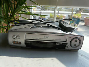 LG LV901 VHS Stereo Videorecorder 6- Kopf
