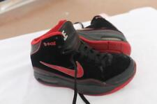 Nike SIZE 4.5 YOUTH BLUE CHIP  Brandon Roy Pe Suede Black Sneakers 334738-061