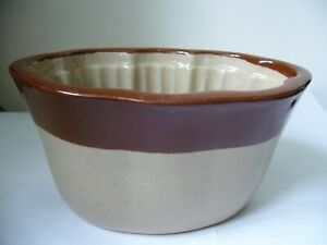 BOURNE DENBY VINTAGE SMALL SIZE JELLY MOULD SECOND QUALITY CHERRIES USED U
