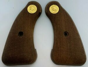 Colt Police Positive/Detective Special Checkered Walnut Revolver Grips