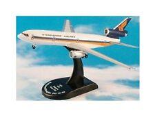 DC-10-30 'Singapore Airlines' (1:400) Modelpower 5820 Modellflugzeug