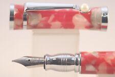 Fuliwen No. 2037 Red & White Marble Celluloid Medium Fountain Pen
