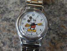 Very nice Disney Lorus Quartz Ladies/Childs Mickey Mouse Watch
