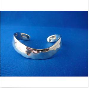 New Robert Lee Morris Studio Sterling Silver Hammered Cuff 37.8 GW
