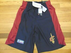 NEW UNDER ARMOUR NBA CLEVELAND CAVALIERS COMBINE SHORTS SIZE M