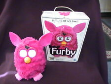 Hasbro Furby Hot Pink 2012 Collectible Box/Sofa Excellent Cond. 30 Day Warranty!