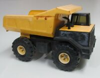 MIGHTY TONKA DUMP TRUCK CLASSIC PRESSED METAL STEEL YELLOW XMB-975 Not Broken