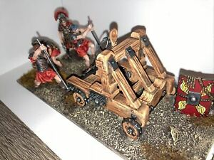metal toy soldiers.   Roman  Catapult.