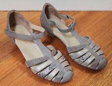 Women's Beige Shoes