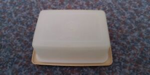 Vintage Tupperware butter dish box Very Good Condition