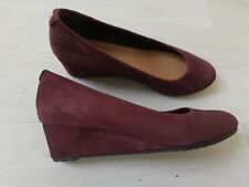 Ladies Clarks Vendra Bloom Burgundy Suede Wedge Shoe Size 4  4.5 D VGC