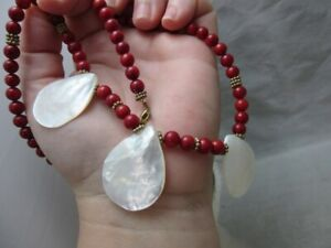 Red coral & sea shell pendant necklace. Jewelry By Titi
