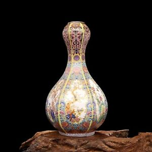 Very Rare Chinese Traditional Antique Ceramic Qing Porcelain Ming Vase Auction