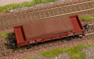 Busch 1682 Rusted Steel Mats Freight Load H0