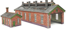 N Scale Double Track Engine Shed Metcalfe PN913