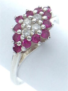 Vintage Women Size 7.75 US Lady 12 Rubies Ruby Stones Sterling Silver Ring G556
