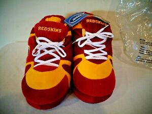 NFL WASHINGTON REDSKINS PLUSH SNEAKER STYLE SLIPPERS NEW OLD STOCK SIZE L