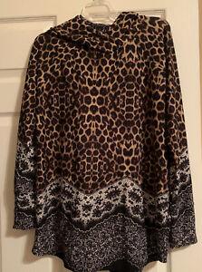 NWOT LuLaRoe Amber Hoodie Top - Large - Hacci - Leopard Lace Floral Print - HTF!