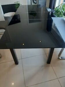 BLACK TEMPERED GLASS EXTENDABLE RECTANGULAR DINING TABLE!