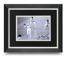 Geoffrey Boycott Signed 10x8 Photo Display Framed Cricket Memorabilia Autograph