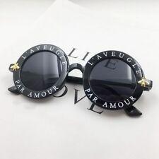 Moda Retro Gafas de Sol Redondas Mujer Diseñador Inglés Letras Abeja