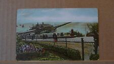 Postcard posted  Essex Southed Pier from gardens